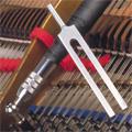 Diapason, clé d'accordage de piano et ruban de tempérament